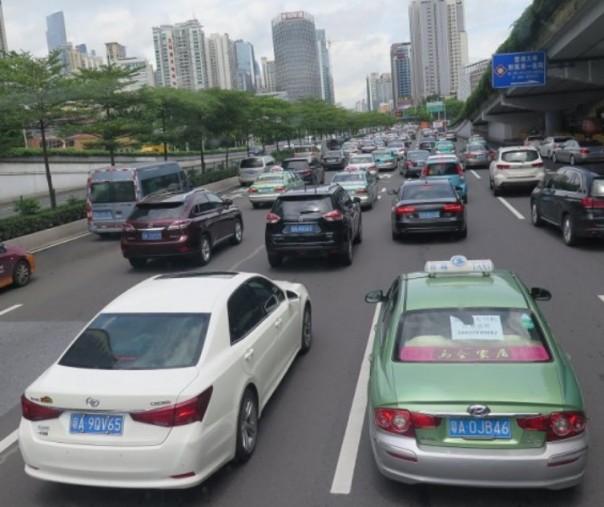 Terlibat Kasus Tabrak Lari, Pemerintah China Cabut Izin ...